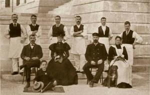 07 MALTA. FEB.1899. Corradino canteen. Administration & staff